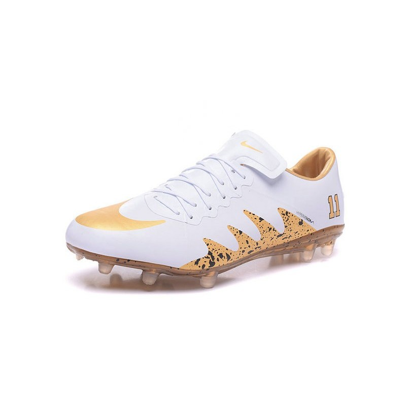 dd3b97ca8bb9 Best Football Shoes Nike HyperVenom Phinish 2 FG Jordan White Gold