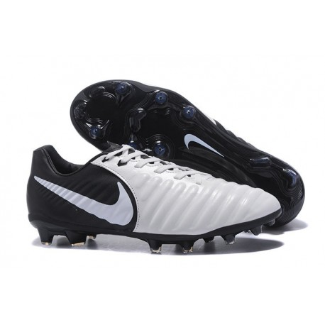 Football Cleats Nike Tiempo Legend VII FG - Black White